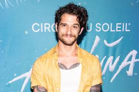 Tyler Posey Joins OnlyFans With a Nude ...