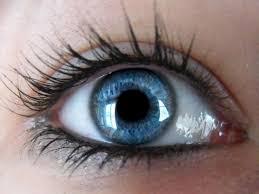 صور بنات عيون زرقاء احلي و اجمل صور بنات ذات عيون زرقاء المنام