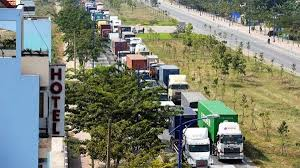 HCM city aims to reduce seaport traffic jams