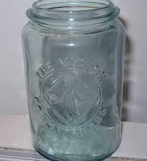 the victor pint jar antique bottles