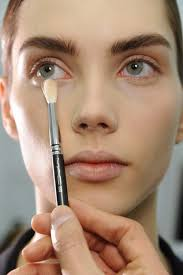 how to use concealer to cover up a zit