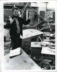 1972 Press Photo Vancouver, Washington Tornado aftermath, Teacher Hugh    Historic Images
