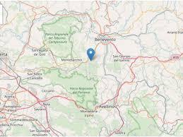 Terremoto a Benevento: serie di scosse nel Sannio. Paura e scuole ...