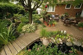 find rustic backyard garden design with