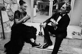 Joaquin Phoenix Celebrates Oscar Win With Vegan Burger - Vegan ...
