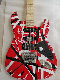 Satın Al Özel Eddie Van Halen Frankenstein Beyaz Siyah Şerit Kırmızı ST  Elektro Gitar Floyd Rose Tremolo Kilitleme Somun, Akçaağaç Boyun Klavye,  TL896.15
