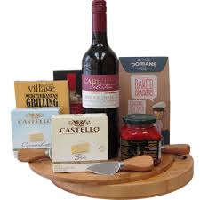 canada wine and cheese gift baskets
