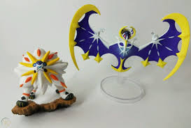 Pokemon Lunala + Solgaleo Collectible Figure Alola Collection Box FROM BOX!