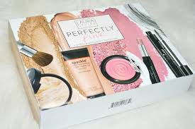laura geller perfectly pink gift set