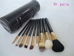 mac cosmetics location 9 pcs brush set