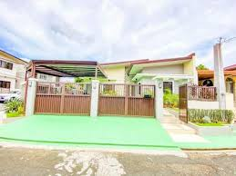 For Sale Corner Bungalow House And Lot In Bf Almanza Las Pinas Near Sm Southmall