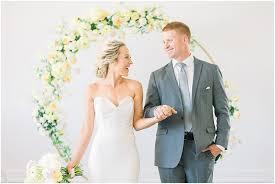 modern sunshine wedding inspiration