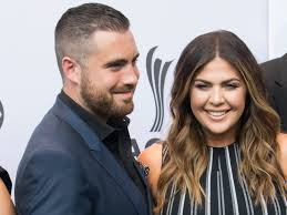 Lady Antebellum's Hillary Scott & Husband Chris Tyrell Welcome Twin Girls |  New Country 96.3