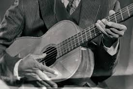 Learn How to Play Fingerstyle Blues Guitar Like Robert Johnson ...