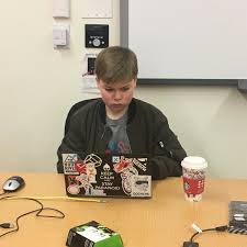 """Avery Wagar on Twitter: """"Getting ready to teach spatial audio and scripting  at day two of the @ChickTechSea High School Kickoff Workshop Weekend.  #CinematicVR #VR #girlsintech #girlsinstem… https://t.co/gPsRUW7Re3"""""""
