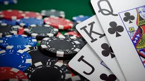 How to Win More Playing Poker - 10 Simple Poker Tricks & Tips