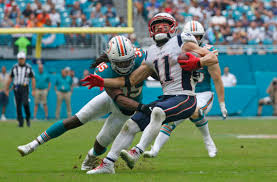 Tennessee Titans sign Walt Aikens, who is in danger?