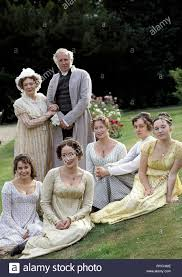 JENNIFER EHLE, LUCY BRIERS, POLLY MABERLY, BENJAMIN WHITROW, ALISON  STEADMAN, JULIA SAWALHA,SUSANNAH HARKER, PRIDE AND PREJUDICE, 1995 Stock  Photo - Alamy