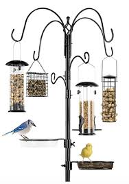 6 hook bird feeding station with 4 bird