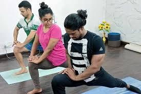 home yoga teacher course in