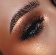 copper smokey eye makeup for blue eyes