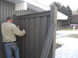 Trex Fencing Installation Inserting Pickets Youtube