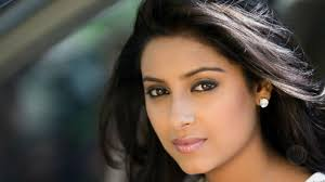 Pratyusha Banerjee suicide: Cops shocked to find actress' house in complete  mess
