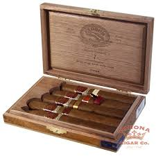padron family reserve gift pack natural