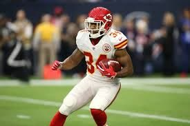 Knile Davis to Chiefs: Latest Contract Details, Comments and ...