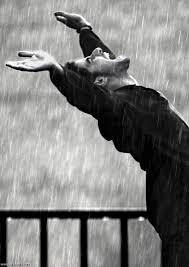جريدة الرياض المطر روح الذكريات والمشاعر