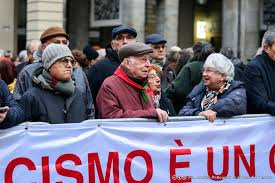 Torino in piazza contro l'antisemitismo - La Voce e il Tempo