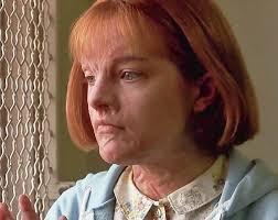Elisabeth Moss in 'Girl, Interrupted' | burns | disfiguring ...