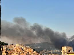 Comune di Ancona - Direzione Cultura - AVVISO DI CHIUSURA A seguito dell' incendio che si é sviluppato nella notte nell'area ex Tubimar in zona  portuale, sono sospese in data odierna le attività