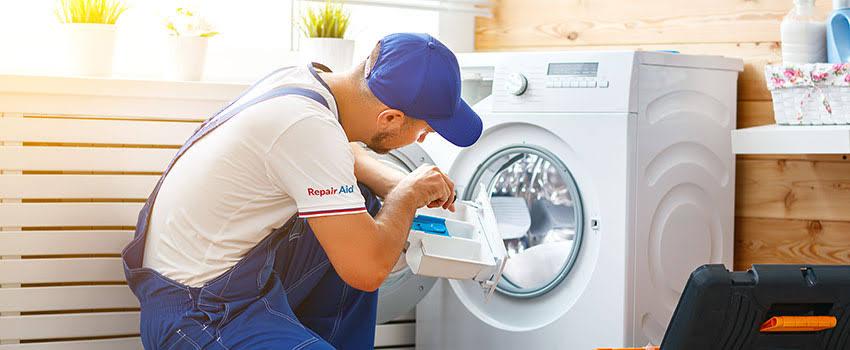 """ผลการค้นหารูปภาพสำหรับ repairs a washing machine"""""""