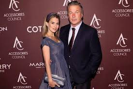 How Did Alec and Hilaria Baldwin Meet? This Meet-Cute Is Right Out of a  Hollywood Movie