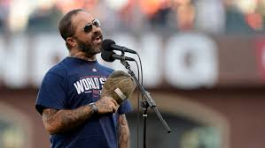 Staind's Aaron Lewis storms offstage after telling crowd to shut up