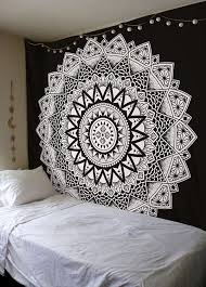 Awesome Wall Hanging Mandala Tapestry Mandala Wall Decal Mandala Xmas Mandal En 2020 Tapiceria Colgante De Pared Mandalas Para Pared Decoracion De Paredes Dormitorio