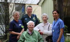 Diamond Couple Support The Queen Elizabeth Hospital and Ambulance Trust –  QEH News