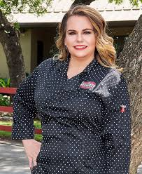 The Take Away: Lucy Cooper's Texas Icehouse Owner Braunda Smith's Approach  Is 'Weird But It Works' | Flavor