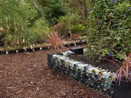 raised garden bed recycled