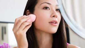 how to conceal pimples the right way