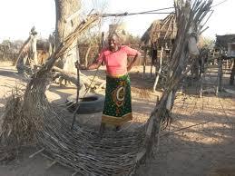 The Women Sing at Both Sides of the Zambezi