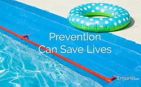 Swimming Pool Safety Fence An Easy Way To Childproof Your Home