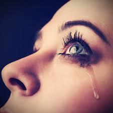 صور عيون تدمع صور حزن ودموع صور بنات