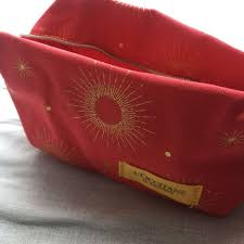 loccitane l occitane 旅行裝連化妝袋