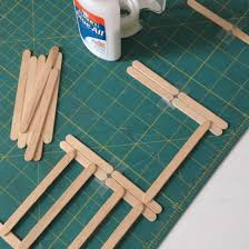 Diy Fence For Toy Animals Doodles And Jots Diy Horse Toys Diy Fence Wooden Box Diy