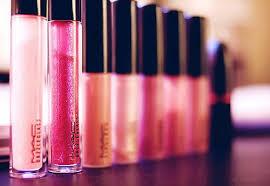 cosmetics pany locations
