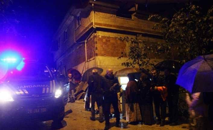 Manisa'nın Turgutlu ilçesi Çepnidere Mahallesinde kahvehanede çıkan kavgada 1 kişi öldü, 1 kişi yaralandı... ile ilgili görsel sonucu