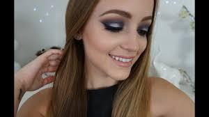 navy blue silver smokey eye makeup