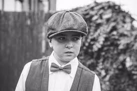 "polly walters on Twitter: ""Our little peaky's blinders 'family photo shoot  inspired by peaky blinders' #byorderofthepeakyblinders @ThePeakyBlinder  @CMurphyFans… https://t.co/NfQYzdX6as"""